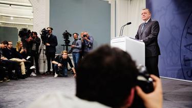 Regeringen har tilsyneladende forsøgt at torpedere den demokratiske kutyme om embedsmændenes uafhængighed
