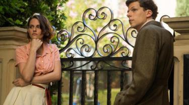 Woody Allen åbner filmfestivalen i Cannes med den vittige, charmerende og sorgmuntre kærlighedsfilm, 'Café Society'
