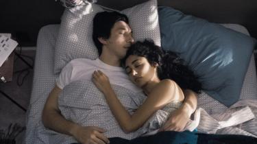 Adam Driver som Paterson ogGolshifteh Farahani som Laura i Jim Jarmuschs 'Paterson'. Foto: Filmfestivalen i Cannes