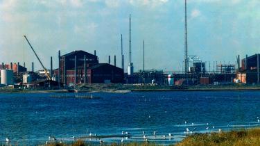 250 millioner kroner anslås det at koste at skulle fjerne den resterende gift i det vestjyske Cheminova-depot. Arkiv