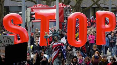 Vi hører, at formålet med den transatlantiske frihandelsaftale med USA er at skabe vækst og arbejdspladser på begge sider af Atlanten. Men TTIP er noget af en stinker, når man kommer tættere på