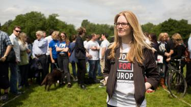 Lizzie Norris er 26 år og ph.d.-studerende. Hun stemmer i dag for, at Storbritannien skal forblive i EU.  'At forlade EU vil ikke være verdens undergang, men det vil være meget skidt for en masse mennesker i meget længere tid, end de har fået at vide, at det vil tage,' siger hun.