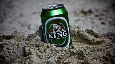Kongen af billigøllene har i årevis været King Pilsner, som brygges af Saltum. Sin trone har den på sin vis tilegnet sig ved list, via en målrettet indsats mod de små kiosker i byerne. Er man f.eks. fra København, er King-skalaen således en fin indikator for, hvor 'pænt' et område man befinder sig i.
