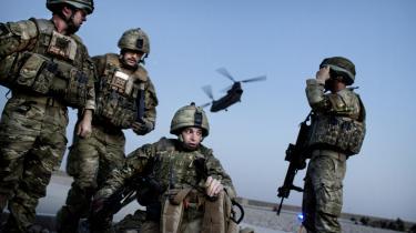 Indflyvning til Kabul med den danske hærs troppetransport.