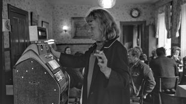 Tove Ditlevsen var i flere perioder af sit liv stofmisbruger, og hun havde periodiske psykoser. Det gav, hvad hun kaldte for 'galskabserfaringer', som åbnede op for kreative sluser.