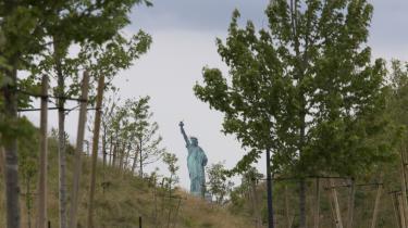 Governors Island ligger blot en syv minutters færgetur syd for Manhattan.