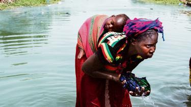 I Mali føder hver kvinde mere end seks gange i sit liv. Det er en af forklaringerne på landets eksplosive befolkningsvækst.