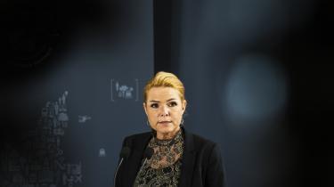 Hvis der er et politisk ønske om at ændre sammensætningen af Flygtningenævnet, så Dansk Flygtningehjælp ikke længere kan indstille medlemmer, så bør også Inger Støjbergs embedsmænd udgå af nævnet, foreslår Retspolitisk Forening.