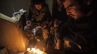 En række syriske oprørsgrupper gjorde i august fælles front og brød Assad-regimets belejring af Aleppo. Den alliance er vigtigere for de syriske oprørere, end hvad USA og Rusland måtte mene om eksempelvis Jabhet al-Sham, der indtil for nylig havde bånd til al-Qaeda.