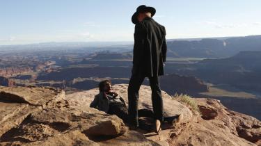 Westworld er underholdning, men serien er også et godt eksempel på, hvad moderne tv-drama kan bruges til i forhold til moralsk-etiske, politisk-ideologiske, videnskabelige og filosofiske diskussioner