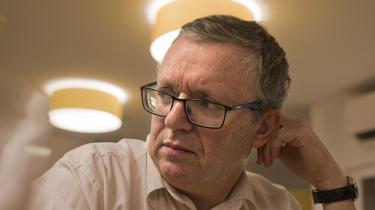 Det er helt tydeligt, at den ungarske regering vil lukke den eneste betydende oppositionsavis, siger Gabor Horvath.
