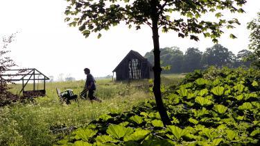 Hos landbrugslauget Brinkholm ved Kariseer 500 forbrugere andelshavere og dermed både medejere og medansvarlige for, samt direkte aftagere af landbrugets produktion.