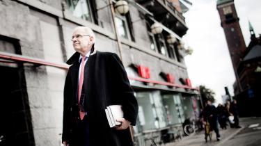 'Pansergeneralen' giver et godt indtryk af Jørgen Ejbøl som et utrætteligt menneske med et naturtalent for bladdrift. Men man bliver også lidt træt. For hvor hans sejre er udtryk for hans unikke talent og utrættelige arbejde, er hans nederlag og problemer udtryk for tidernes ugunst eller de andre idioters uduelighed.