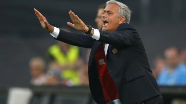 Manchester Uniteds manager, Jose Mourinho, under Europa League-opgøret mod Feyenoord i sidste måned. Forholdet mellem Mourinho og hans mandskab er i stigende grad præget af frygt og mistillid