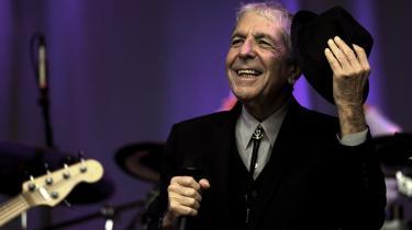 Intet og intetheden stod mejslet i sten i salig Leonard Cohens verden, men hans sange satte sig alligevel fast som ingen andres. Vi giver et bud på de vigtigste