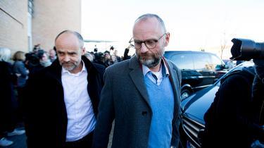 Den tidligere chefredaktør Henrik Qvortrup blev i går i retten i Glostrup idømt et år og tre måneders fængsel for sin rolle i Se og Hør-sagen. Tre af månederne skal afsones, mens den resterende tid gøres betinget mod vilkår om samfundstjeneste