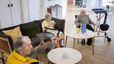 Etisk Råd anbefaler nu at en samtale mellem sundhedspersonale og en uafvendelig død person skal fastslå om den døende ønsker genoplivning i tilfælde af hjertestop. Ældresagen støtter anbefalingen