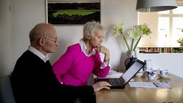 Ægteparret Ralf Piittekow og Karen Jespersen driver fra villaen i Dragør deres blogmedie Den Korte Avis. De ser sig selv som en enlig undtagelse i et stort, venstreorienteret politisk korrekt mediehav.