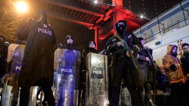 Nytårsnat blev Tyrkiet endnu engang ramt af angreb. Denne gang blev 39 mennesker på en natklub slået ihjel og 62 såret