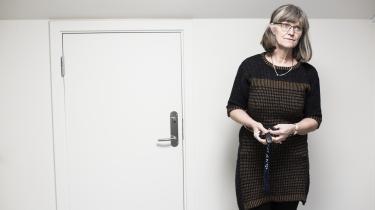 Socialdemokratiet og Radikale Venstre støtter nu op om den tidligere reformfortaler, økonomiprofessor Nina Smith, som i gårsdagens Information talte for at hæve produktiviteten gennem uddannelse og opkvalificering frem for at øge arbejdsudbuddet.