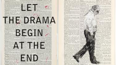 Værkerne på 'Thick Time'-udstillingen fokuserer på William Kentridges særlige brug af filmiske og dramatiske virkemidler til at skabe medrivende og suggestive rum.