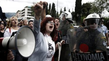 Reformer har taget hårdt på Grækenland, hvor over 600.000 grækere har forladt landet siden finanskrisens begyndelse. Mange af dem ender i Danmark.