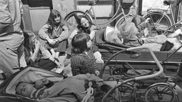 Rødstrømpernes demonstration 1. maj 1972 mod Fællesmarkedet og for fri abort. Et år senere blev aborten givet fri. Arkivfoto