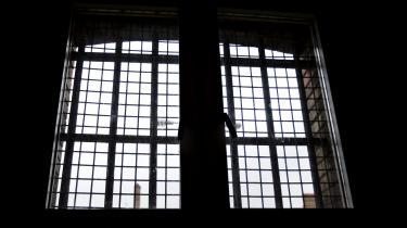 I 2016 begik otte indsatte i de danske fængsler selvmord. Det er en firedobling i forhold til året før og det højeste tal i de 11 år, som Kriminalforsorgens statistik dækker.