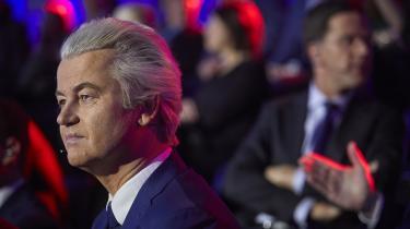 De øvrige hollandske partier har lovet at holde Wilders fra magten ved at danne koalitioner uden om hans parti. Men Wilders har allerede vundet med sin diktering af den politiske dagsorden, når Hollands siddende premierminister – og valgets sandsynlige vinder – Mark Rutte i en helsides valgannonce i januar kunne bede indvandrere om at »opføre sig ordentligt eller rejse væk«
