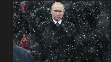 Vladimir Putin bruger ifølge Gasan Gusejnov fra tid til anden en taleform i sine politiske budskaber, som minder om sproget i sikkerhedstjenesternes subkultur, og som sine steder minder om kriminelles jargon.