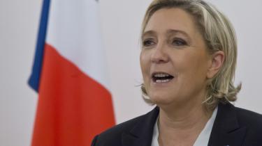 Marine le Pen har i mange måneder stået til at vinde første runde af det franske præsidentvalg. Men de samme meningsmålinger spår, at hun vil blive slået i anden runde, uanset hvem af de andre store kandidater, hun kommer op imod.