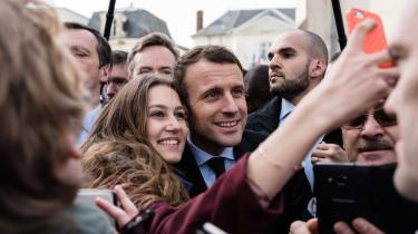 Lige nu ser det ud til, at det franske præsidentvalgs anden runde bliver en kamp mellem det ekstreme højres Marine le Pen og den ekstreme midtes Emmanuel Macron (på billedet).