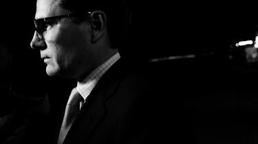 For fire måneder siden blev De Konservatives Brian Mikkelsen overdraget posten som erhvervsminister. Det er i den position, han har brugt et tvivlsomt eksempel til at overbevise Folketinget om at gå mod dele af EU's nye regler om eksport af overvågningsteknologi.