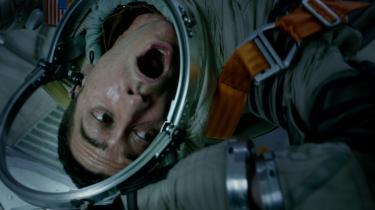 David (Jake Gyllenhaal) kæmper for livet ombord på Den Internationale Rumstation i Daniel Espinosas rumgyser 'Life'.