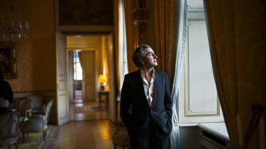 Den anerkendte franske filosof Bernard-Henry Lévy var varm fortaler for NATO's luftkrig i Libyen, der bidrog til Gaddafis fald; men skønt Libyen i dag er en mislykket stat med lavintensiv borgerkrig, var aktionen nødvendig, insisterer han