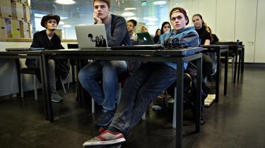 Aalborg Handelsgymnasium vil fordele løntillæggene efter, hvilke lærere der får de bedste karakterer af eleverne. Kun en ledelse, der lader sig guide af konkurrencestaten, kan få så tåbelig en ide