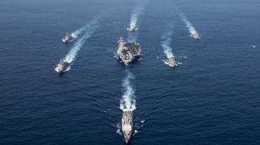 Iweekenden sendte USA en flådestyrke med hangarskibet USS Carl Vinson mod den koreanske halvø kun få dage efter præsident Donald Trumps angreb i Syrien.Nordkorea er klar til at »reagere på enhver form for krig, som USA ønsker,« lød meldingen mandag fra en talsmand forNordkoreas udenrigsminister.Men der bliver ikke krig, vurderer den kinesiske ekspertShen Dingli