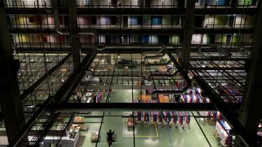 Selv om den offentlige digitalisering har ramt Post Danmark hårdt, mener direktøren for digitaliseringen, at det er en rigtig beslutning