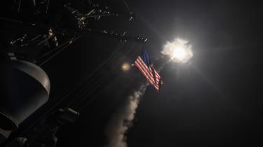 Den trængte Trump har indset militær handlekrafts sex og charme efter giftgasangrebet i Syrien, skriver Georg Metz.