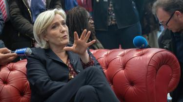 'Når man spørger den franske befolkning, om de tror, det vil være positivt for Frankrig at forlade EU, så svarer 70 pct. nej. Så jeg er ikke sikker på, at Le Pen kan håndtere et 'Frexit' særlig let',siger Christian Lequesne,professor ved Sciences Po-universitetet i Paris.