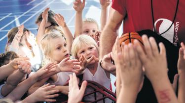 Øget tilgang til idrætsforeningerne skulle ifølge Antorini gøre de negative røster om frafald på fritidsdelenpga. reformen til skamme. Dagens kronikør påpeger, at tallene kun viser en stigning i forhold til reformens første år.