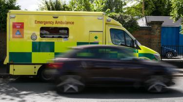 Britain's National Health Service (NHS) blev ramt under weekendens hackerangreb. Det gik blandt andet ud over computersystemer, der koordinerer ambulancekørsel.