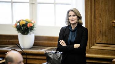 'Fru statsminister'. Sådan kom Venstres Ellen Trane Nørby (V) flere gange til at tiltale Helle Thorning-Schmidt (billedet), da hun var ny i embedet. Men det er ikke god etikette
