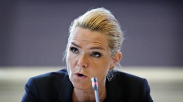 Udlændinge- og integrationsminister Inger Støjbergs (V) ulovlige instruks om at adskille mindreårige asylansøgere fra deres ældre ægtefæller i landets asylcentre dannede fredag igen rammen for et samråd. Samrådet blev afholdt på Christiansborg.