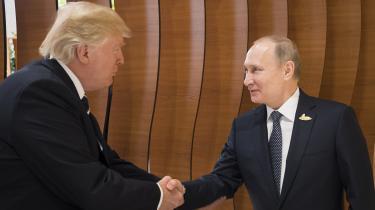 På mødet diskuterede Donald Trump og Vladimir Putin angiveligt også situationen i Ukraine samt krigen mod terrorisme og cyberkriminalitet, kunne Reuters fortælle med henvisning til et russisk nyhedsbureau.