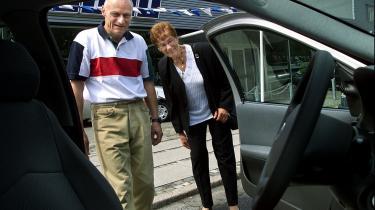 Transportforskere advarer mod regeringens nedprioritering af den grønne omstilling til fordel for større og billigere mobilitet. Effektivisering af DSB er 'en fugl på taget' med indbyggede risici