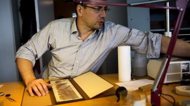 Kim Ryholt, der er professor på ægyptologi, kritiserer Uddannelses- og Forskningsministeriet for at rode rundt i tallene over antallet af ledige dimittender fra faget.