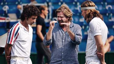 Shia Labeouf som John McEnroe (t.v.) ogSverrir Gudnason som Björn Borg (t.h.) i Janus Metz' 'Borg'.