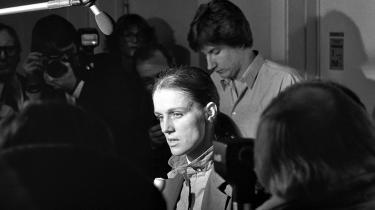 I 1978 blev Ritt Bjerregaard fyret som undervisningsminister efter en officiel rejse til Paris, hvor hun blev anklaget for overforbrug, bl.a. ved at lade sig indkvartere på luksushotellet Hotel Ritz. Siden blev hun renset, og Anker tog hende atter ind i sine regeringer
