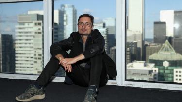 Michael Noer – manden bag den barske fængselsfilm 'R' – har instrueret 'Papillon', der lige nu vises på filmfestivalen i Toronto. Han fortæller, at det er hans fornemste opgave som instruktør på en stor amerikansk film at sørge for, at der er sammenhæng mellem metode, formidling og troværdighed.
